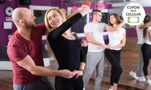 Cazu Studio de Dança e Música: 8 aulas de dança para 2 pessoas (opção com coreografia de casamento) no Cazu Studio de Dança e Música – Trindade