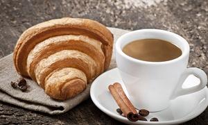 Da Ivano Bar: Carnet per 10 o 15 colazioni con bevanda a scelta e cornetto al bar Da Ivano (sconto 50%)