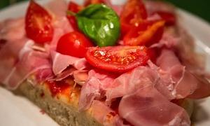 Little Italy: Menu pizza al trancio o primo a scelta e birra per 2, 3 o 4 persone da Little Italy (sconto fino a 68%).Valido in 3 sedi