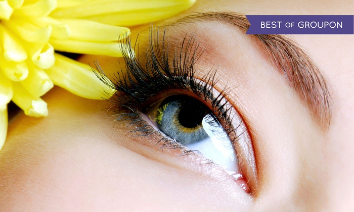 Beatrice Salon - Campbell: $59 for a Full Set of Eyelash Extensions at Beatrice Salon ($120 Value)