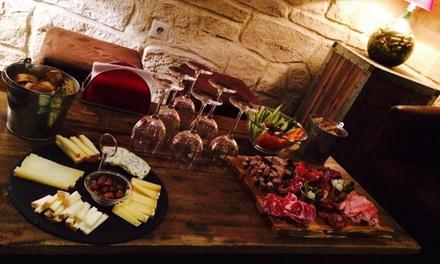 Assortiment de 7 tapas et  vin au choix pour 2 ou 4 personnes dès 24,90 € au bar à vin Les Tanins Dabord