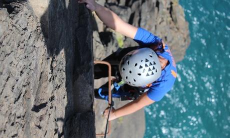 Bautismo de escalada, Actividad multiaventura o Descenso de montaña para 2 o 4 desde 29,90 € en Aventura en Canarias