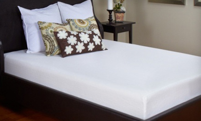 Mattress Discounters - Multiple Locations: Twin-, Full-, Queen-, or King-Size Vivon Eco-Friendly 8-Inch Memory Foam Mattress at Mattress Discounters (Up to 66% Off)