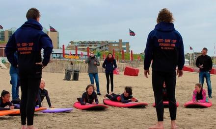 Hele dag surfen incl. materiaal en surfles voor 14 personen bij Pepsports in Zandvoort