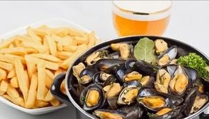 Restaurant Suquet Première: Moules à volonté, frites et dessert au choix pour 2 personnes à 22,50 € au Restaurant Suquet Première