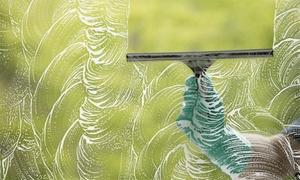 M M Gebäudereinigung: Professionelle Fensterreinigung von 10 oder 15 Fenstern inkl. Anfahrt von M-M Gebäudereinigung (bis zu 58% sparen*)