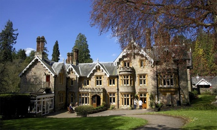 Gloucestershire: Double Room for Two with Breakfast, Dinner, Prosecco and Late Check-Out at the Dean Valley Manor