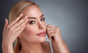Gold Skin CarE: 1x oder 2x Microneedling im Gesicht bei Gold Skin CarE (bis zu 76% sparen*)