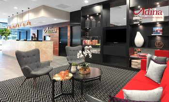 Sydney: Adina Sydney Airport Stay with Parking