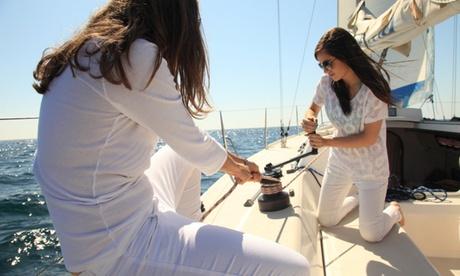 Salida en velero privado para hasta 7 personas durante 3 o 6 horas desde 199 € en Business Yachtclub