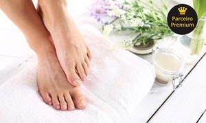 Glaucia Coiffeur: 1, 2 ou 3 sessões de míni day spa para os pés no Glaucia Coiffeur – Bairro Lixeira