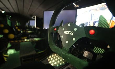 1 session de 15 min de simulation de conduite pour 2 ou 4 personnes dès 22,50 € chez Pro Race Café
