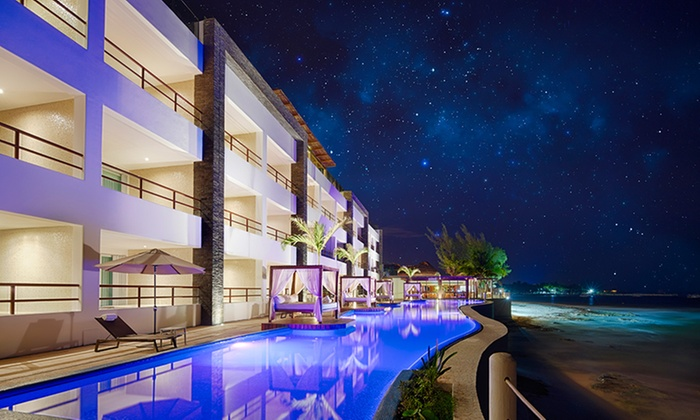 4-Star All-inclusive Adults-Only Beach Hotel on Riviera Maya