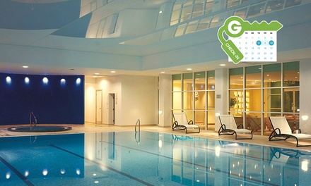 Berkshire: Standard Room for Two with Breakfast, Dinner, Wine and Leisure Access at the 4* Regency Park Hotel