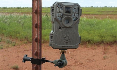 HME T-Post Trail Camera Holder photo