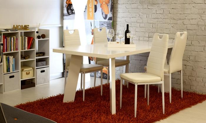 Fino a 68% su Set Elettra con tavolo e 4 sedie | Groupon