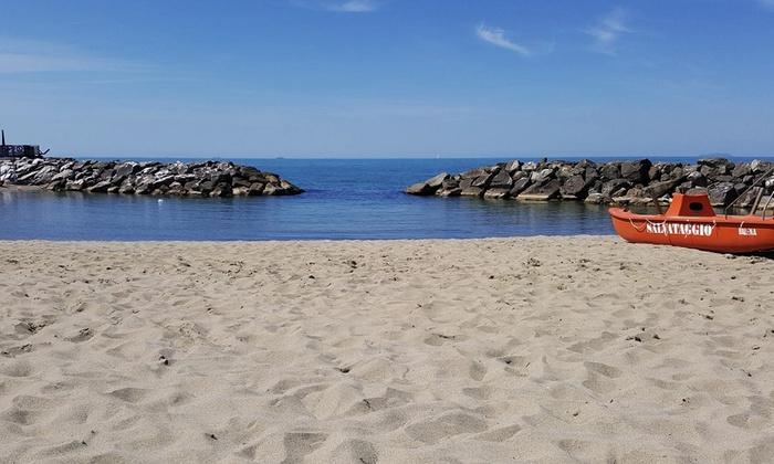 Bagno Balena Castiglione Della Pescaia Prezzi : Bagni balena marina di pisa: bagno balena marina di pisa idee per la