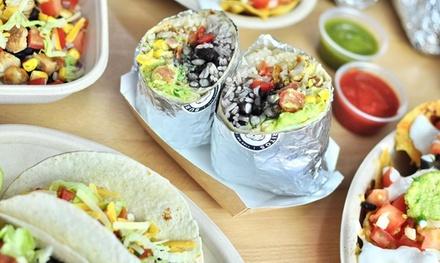 Menú mexicano para 2 o 4 con entrante, principal y bebida en Burritos Barcelona (hasta 52% de descuento)