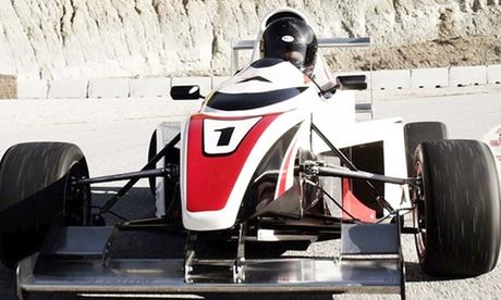 2, 3, 5, 7 o 10 vueltas en F. Ashenkoff Italia K600T y curso teórico desde 29,90 € en Dream Car Experiences