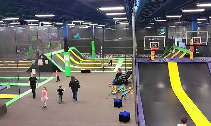 Get AIr Houston - Houston: Two or Four One-Hour Jump Passes or Party for Up to Ten Kids at Get Air (Up to 46% Off). Four Options Available.