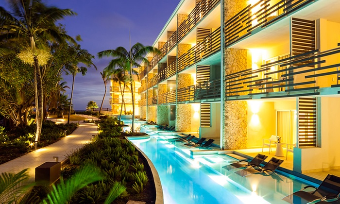 5-Star All-Inclusive Resort on St. Maarten