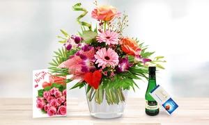Blumenhaus Ehrend: Orchideenstrauß Herzensfreude mit Lindt Schokolade, Perlwein und Grußkarte zum Wunschtermin bei Bluvesa (39% sparen*)