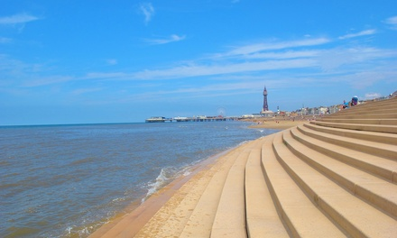 Blackpool: Up to 3 Nights with Breakfast, Wine and Late CheckOut at Sandford Promenade Hotel