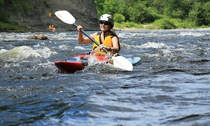 Club de kayak Côte-de-Beaupré: Introductory Kayaking Day with Wine and Cheese Tasting at Kayak Côte-de-Beaupré (Up To 52% Off)