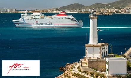 Descuento de hasta 200 € para billetes de ferry a Ibiza con opción de camarote y coche a bordo con Trasmediterránea