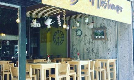 Menú para 2 o 4 personas, con tabla de quesos, tapas, bebida y postre desde 19,95 € en A Destiempo