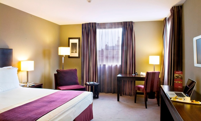 Radisson blu paris boulogne in boulogne billancourt ile for Groupon hotel paris