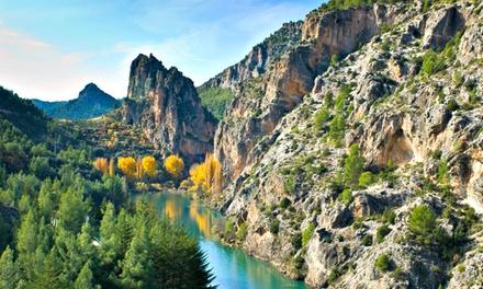 Albacete: 1 o 2 noches para 2 con desayuno, paseo a caballo, detalle y late check-out en el Hostal Sierra del Agua