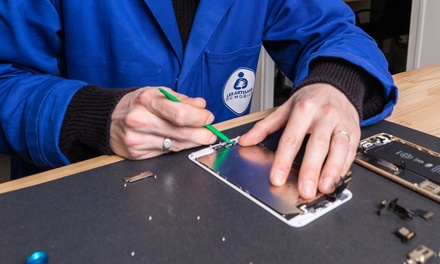 Pose vitre de protection, Remplacement batterie OU écran Iphone + protection écran chez Les Artisans du Mobile dès 9,90€