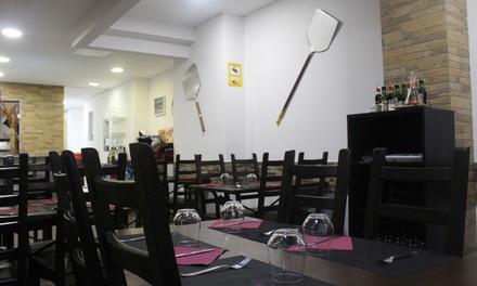 Menú italiano para 2 o 4 personas con entrante, principal, postre y bebida desde 19,99 € en Pizzería Mia Mamma