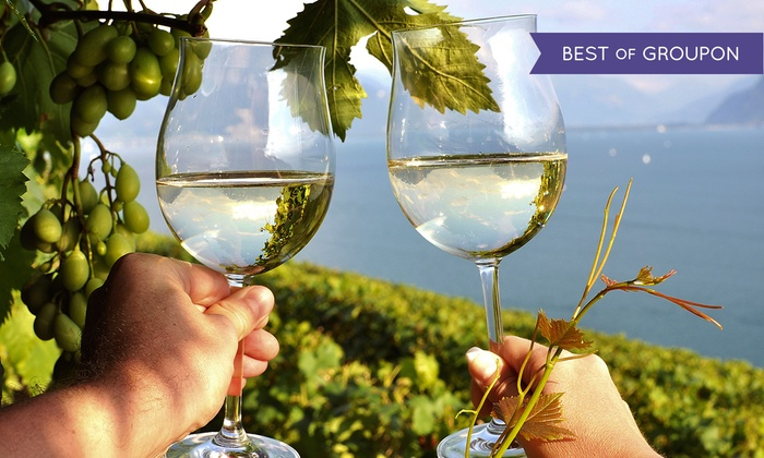 Lee's Limousine - Rosedale Center: $62 for Wine-Country Limo Tour with Stops at Wineries and Cheese Farm from Lee's Limousine ($179 Value)