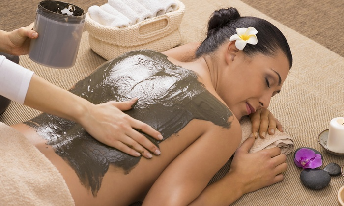 Bella Pelle Salon & Spa - University Village - Little Italy: One or Three Seaweed Body Wraps at Bella Pelle Salon & Spa (Up to 65% Off)