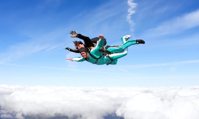 saut en parachute grau du roi