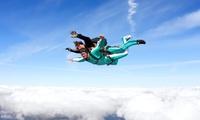 Saut en parachute en tandem à 290 €au centre Sauter en Parachute