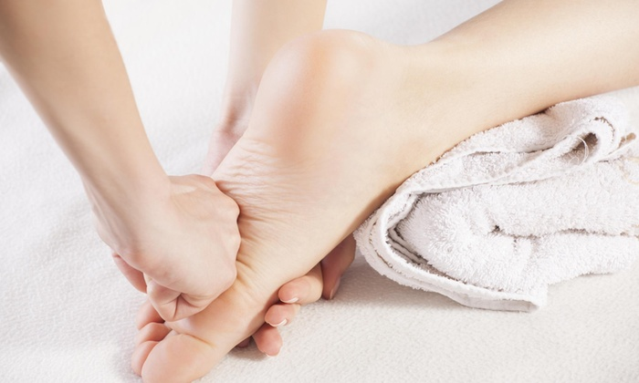 Sunshine Foot Spa - Sunshine Foot Spa: $28 for 60-Minute Foot Reflexology and Body Massage with Foot Bath at Sunshine Foot Spa ($60 Value)