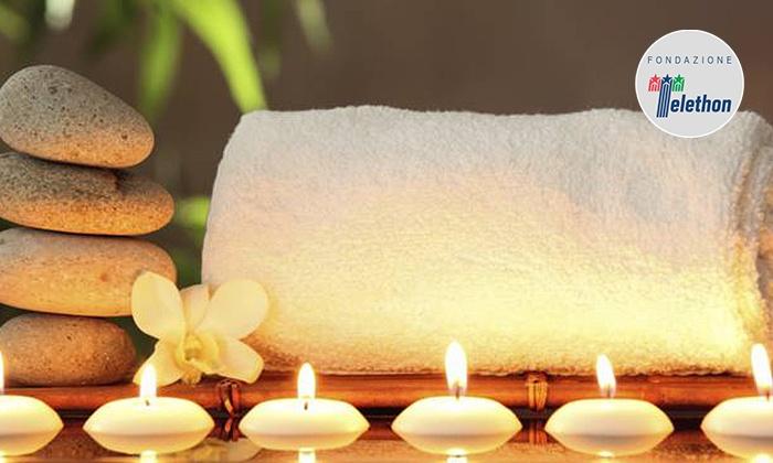 Percorso Spa di coppia con scrub e massaggio al centro Salus Sport (sconto fino a 74%)