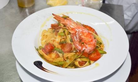 Menú de alta cocina italiana para dos con aperitivo, entrante, principal, bebida y postre desde 24,95 € en Ambra