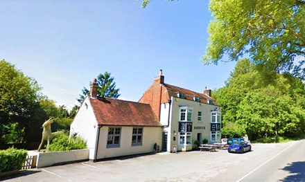 Hampshire: 1 or 2 Nights for Two with Breakfast, Glass of Prosecco and Optional Dinner at The Roebuck Inn