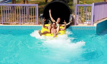 Ras Al Khaimah: 4* Stay with Dreamland Water Park Tickets