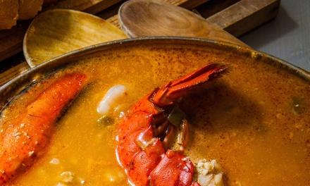 Menú de dorada o arroz a elegir para 2 con entrante, postre y bebida desde 32,95 € en Casa Pernia