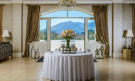 Co. Kerry: 1 or 2 Nights for Two with Breakfast, Late Check-Out, Chocolates and Bubbly at The 4* Killarney Oaks Hotel