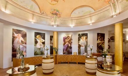 Visita alle cantine Tallarini con degustazione vini, salumi e formaggi e bottiglie in casse personalizzate