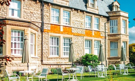 Bath: 1 or 2Night Stay with Breakfast and Prosecco at Roseate Villa