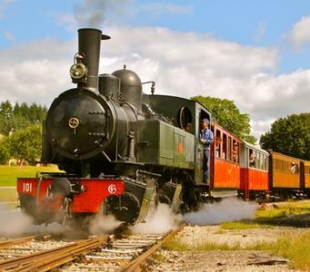 Un aller retour en train à vapeur pour enfant ou adulte ou pour 2 adultes et 2 enfants dès 8,50 € à Velay Express