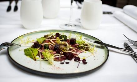 Mise en appétit, entrée, plat et dessert à la carte pour 2 ou 4 personnes dès 49,99 € au restaurant Le Ptit Troquet