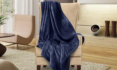 Snuggle Microplush Throw Blankets 52149448-2914-11e7-97dd-00259069d7cc